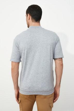 TRENDYOL MAN Gri Erkek Dik Yakalı Regular Fit  T-Shirt TMNSS21TS0207 4