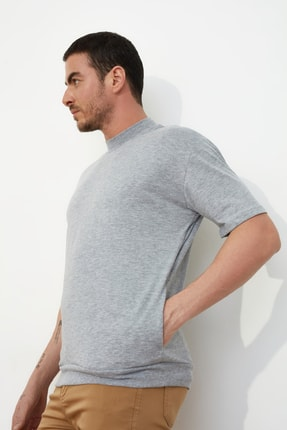 TRENDYOL MAN Gri Erkek Dik Yakalı Regular Fit  T-Shirt TMNSS21TS0207 2