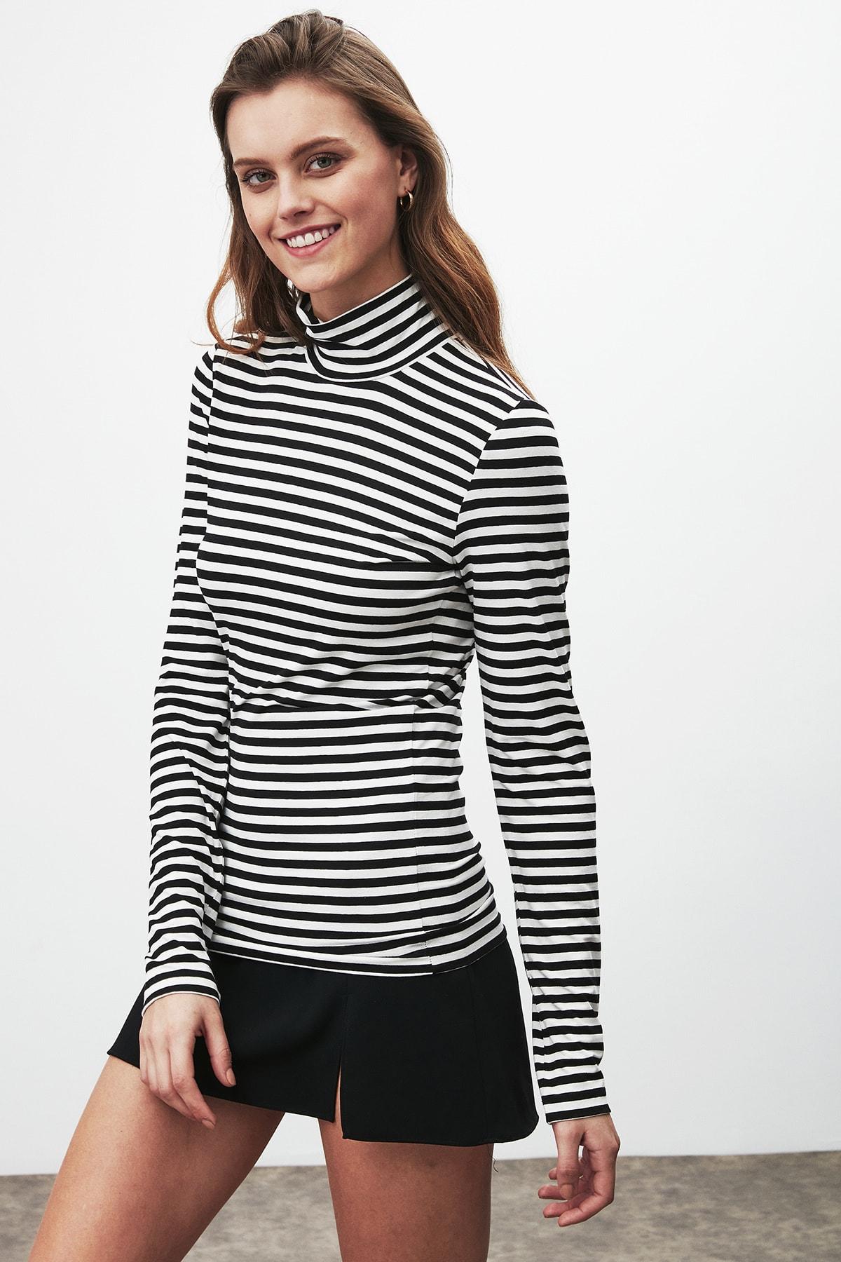 GRIMELANGE CAMILLA Kadın Siyah Beyaz Çizgili Desen Yarım Boğazlı Dar Kesim Bluz 0
