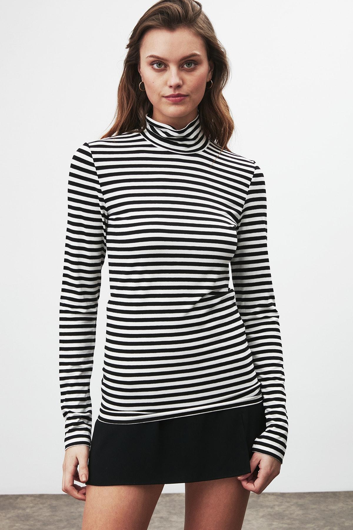 GRIMELANGE CAMILLA Kadın Siyah Beyaz Çizgili Desen Yarım Boğazlı Dar Kesim Bluz 3