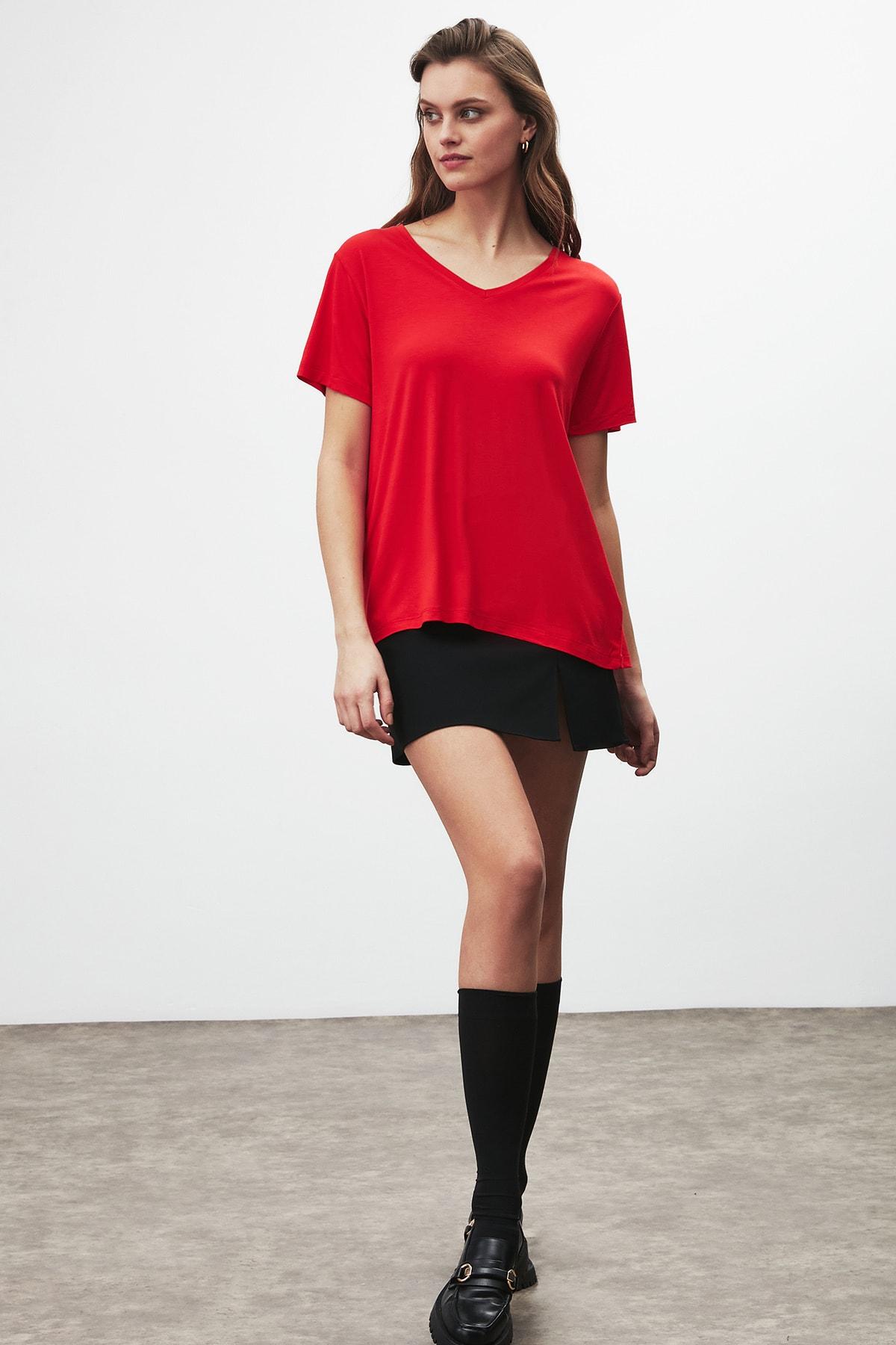 GRIMELANGE Vıolet Kadın Kırmızı Comfort Fit V Yaka Kısa Kollu T-shirt 3