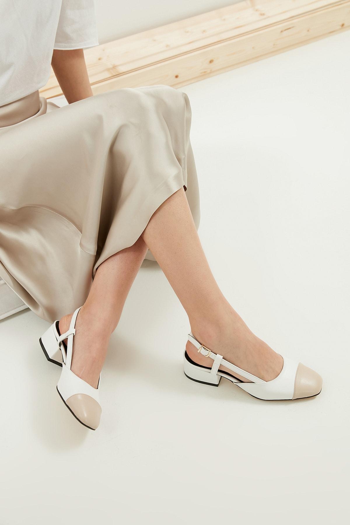Hilda Beyaz Kısa Topuklu Ayakkabı