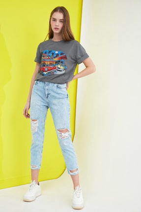 TRENDYOLMİLLA Mavi Yırtık Detaylı Yüksek Bel Mom Jeans TWOSS21JE0150 0