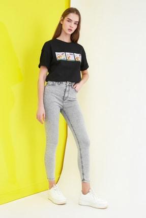 TRENDYOLMİLLA Gri Yıkama Efektli Yüksek Bel Skinny Jeans TWOSS21JE0238 1