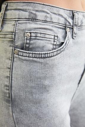 TRENDYOLMİLLA Gri Yıkama Efektli Yüksek Bel Skinny Jeans TWOSS21JE0238 3