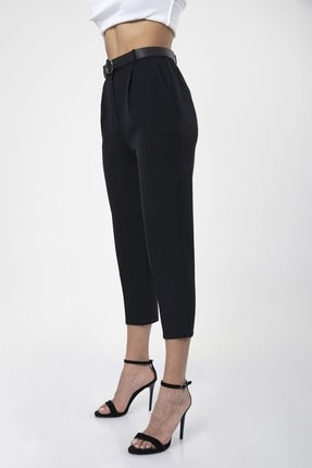 MD trend Kadın Siyah Kemerli Pileli Havuç Kesim Ofis Pantolon 2
