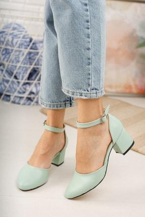 MERVE BAŞ ® Mint Yeşili Cilt Bilekten Tek Bant Kalın Topuklu Klasik Ayakkabı 2