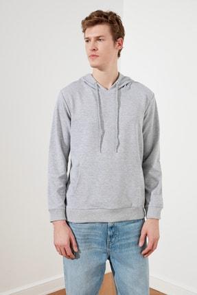 TRENDYOL MAN Gri Erkek Regular Fit Kapüşonlu Kanguru Cepli Sweatshirt TMNAW20SW0162 0