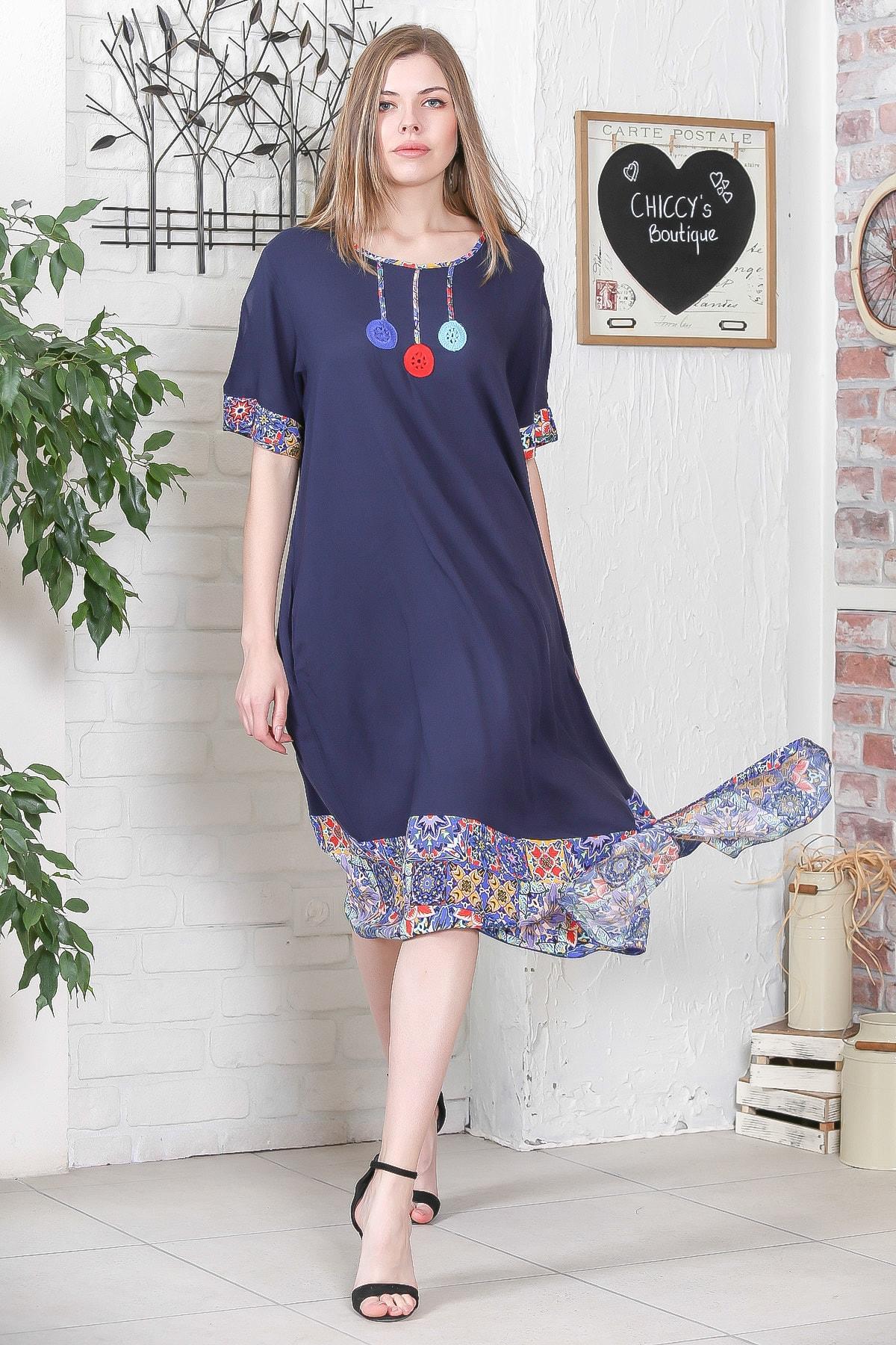 Chiccy Kadın Lacivert El İşi Çiçek İşlemeli Kol Ve Etek Ucu Çini Desen Bloklu Cepli Elbise M10160000EL95276 2