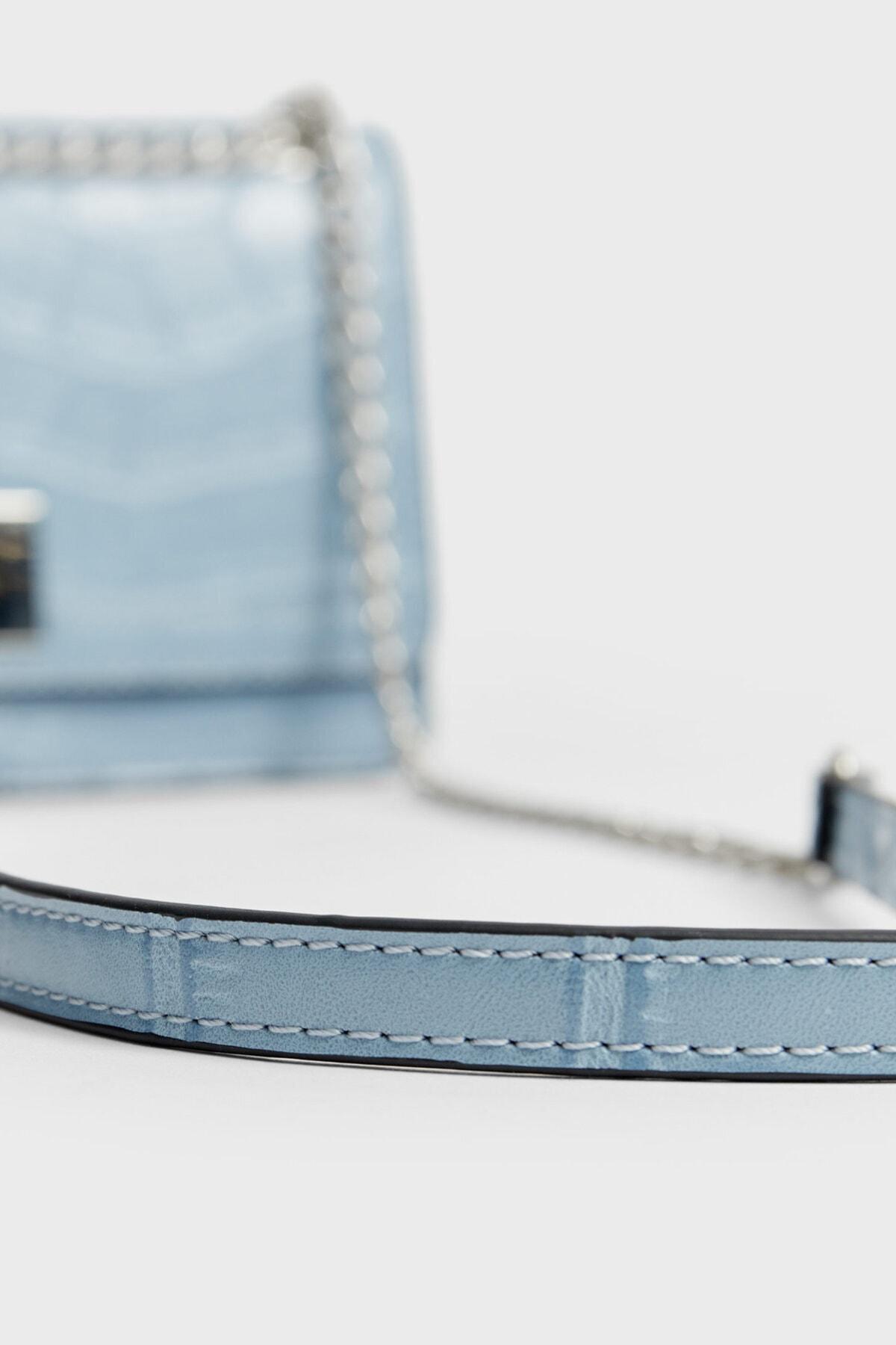 Stradivarius Kadın Mavi Timsah Derisi Görünümlü Çapraz Askılı Çanta 00526001 4