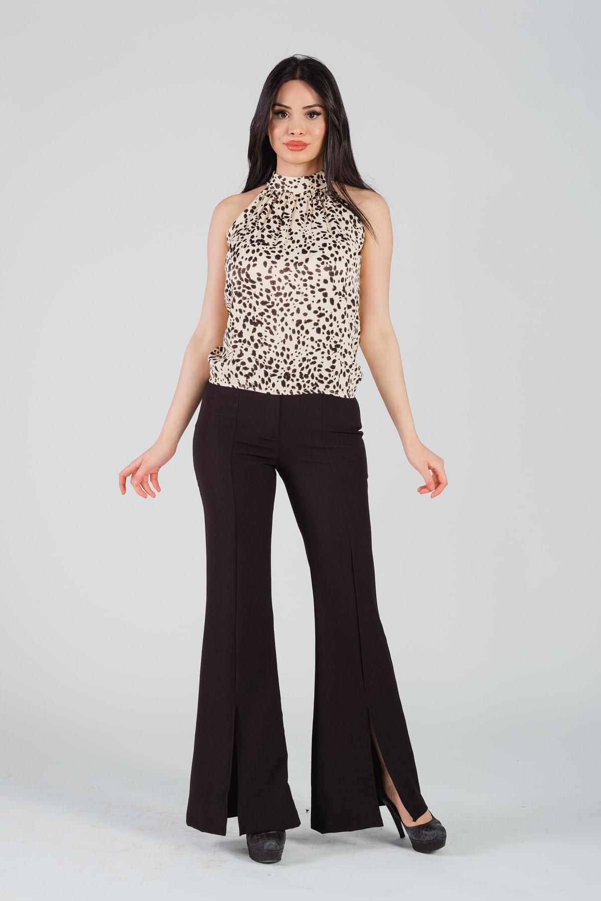 Kadın Siyah Paçası Yırtmaçlı İspanyol Paça Pantolon
