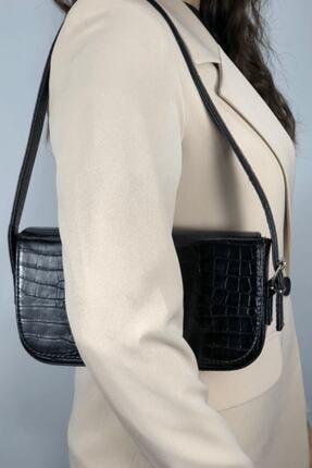 LinaConcept Kadın Siyah Kroko Kapaklı Baget Çanta 1