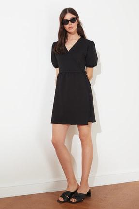 TRENDYOLMİLLA Siyah Kruvaze Yaka Örme Elbise TWOSS21EL0166 1