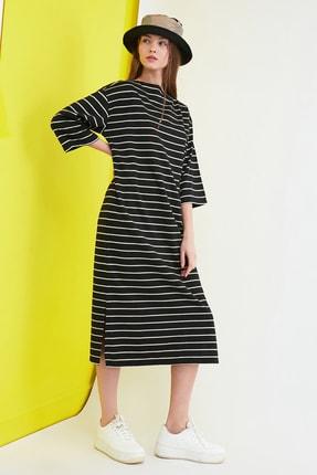TRENDYOLMİLLA Siyah Çizgili Midi Sweat Örme Elbise TWOAW21EL0914 1