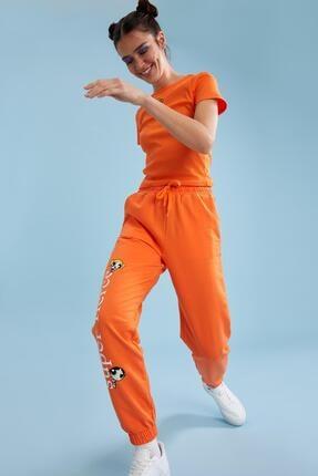 Defacto Kadın Turuncu Powerpuff Girls Lisanslı Bağcıklı Jogger Eşofman Altı 4