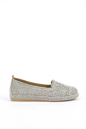 تصویر از کفش راحتی زنانه نقره