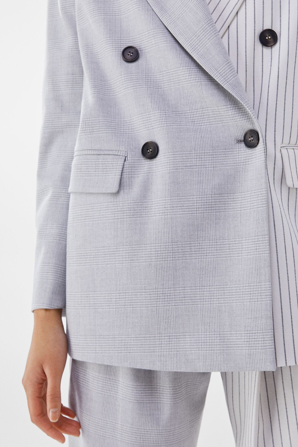 Bershka Kadın Gri Kontrast Klasik Kesim Blazer 01226168 2