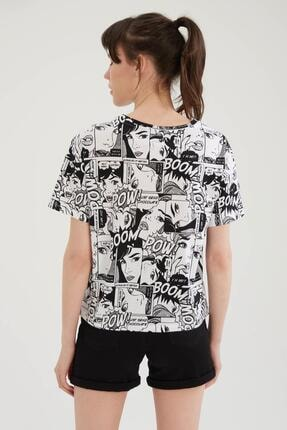 Defacto Kadın Beyaz Pop Art Baskılı Relax Fit Kısa Kollu Tişört 3