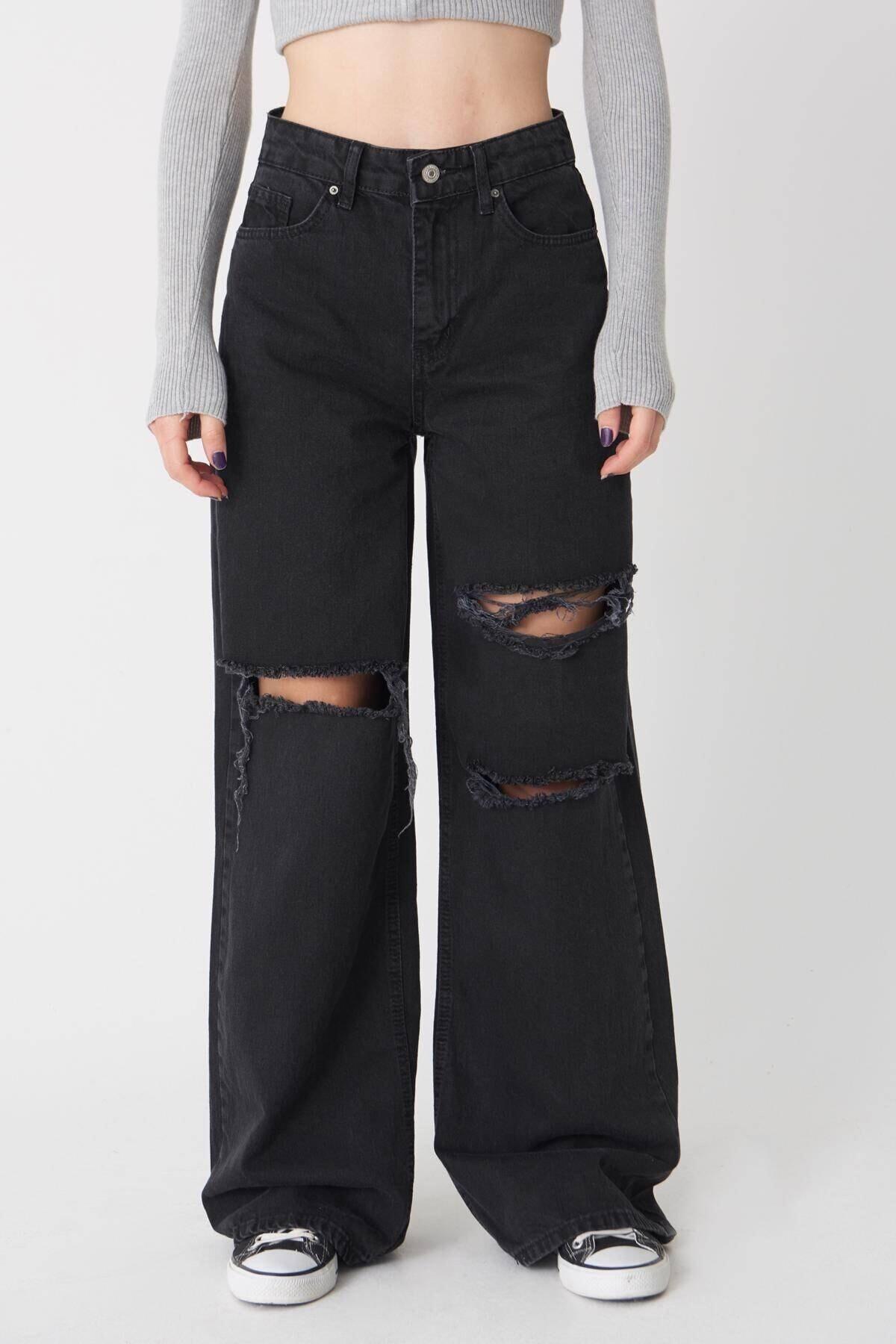 Kadın Giyim Yırtık Detay Bol Paça Jean