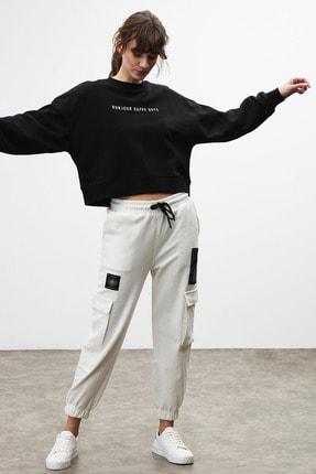 GRIMELANGE DIXIE Kadın Beyaz Beli ve Paçası Lastikli Kargo Cepli Pantolon 2
