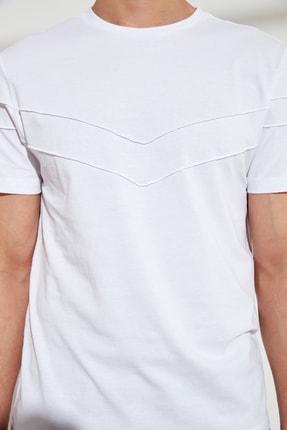 TRENDYOL MAN Beyaz Erkek Slim Fit Bisiklet Yaka T-Shirt TMNSS21TS0444 2