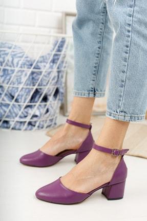 MERVE BAŞ Mor Cilt Bilekten Tek Bant Kalın Topuklu Klasik Ayakkabı 0