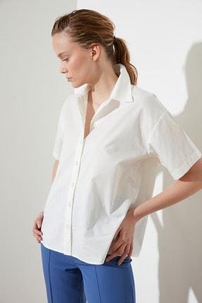 Picture of Beyaz Basic Gömlek TWOSS21GO0531