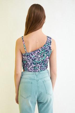 TRENDYOLMİLLA Siyah Çiçek Baskılı Örme Bluz TWOSS21BZ0907 4