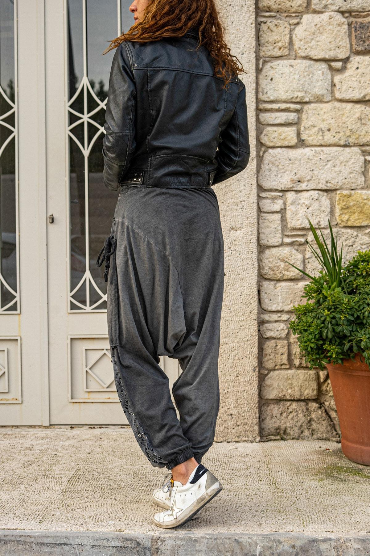 Güneşkızı Kadın Antrasit Yıkamalı Püsküllü Ajur Detaylı Şalvar Pantolon GK-RSD2024 2