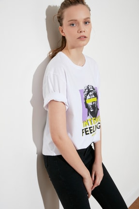 تصویر از Beyaz Baskılı Boyfriend Örme T-Shirt TWOSS21TS1118