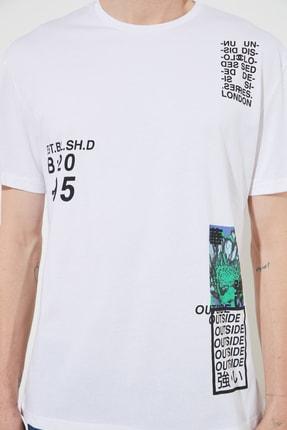 TRENDYOL MAN Beyaz Erkek Slim Fit Baskılı Bisiklet Yaka Bol Kesim T-Shirt TMNSS20TS0642 2
