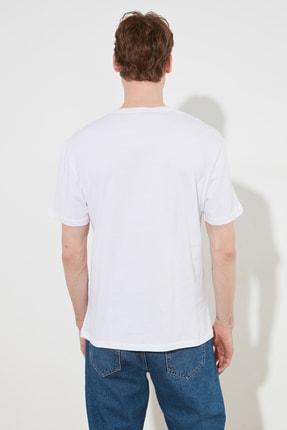 TRENDYOL MAN Beyaz Erkek Slim Fit Baskılı Bisiklet Yaka Bol Kesim T-Shirt TMNSS20TS0642 3