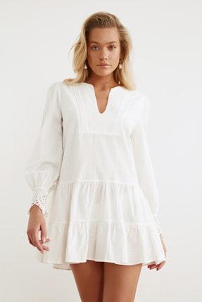 TRENDYOLMİLLA Beyaz Manşet Detaylı Dokuma Plaj Elbisesi TBESS21EL1086 2