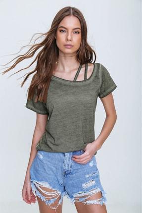 Trend Alaçatı Stili Kadın Haki Askı Detaylı Yıkamalı T-Shirt MDA-1124 2