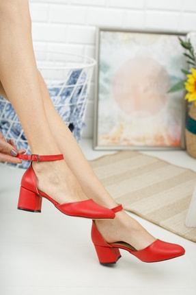 MERVE BAŞ Kadın Kırmızı Cilt Bilekten Tek Bant Kalın Topuklu Klasik Ayakkabı 2