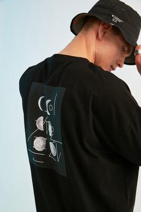 TRENDYOL MAN Siyah Erkek Kısa Kollu Sırt Baskılı Oversize T-Shirt TMNSS21TS0617 1