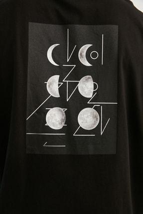TRENDYOL MAN Siyah Erkek Kısa Kollu Sırt Baskılı Oversize T-Shirt TMNSS21TS0617 2