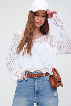 Trend Alaçatı Stili Kadın Beyaz V Yaka Ajurlu Crop Bluz ALC-X5913 0