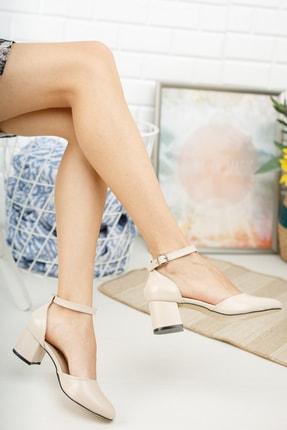 MERVE BAŞ ® Krem Rengi Cilt Bilekten Tek Bant Kalın Topuklu Klasik Ayakkabı 1