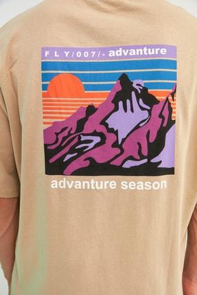 TRENDYOL MAN Taş Erkek Oversize Bisiklet Yaka Kısa Kollu Baskılı T-Shirt TMNSS21TS1227 3