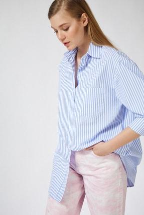 تصویر از Kadın Açık Mavi Çizgili Pamuklu Oversize Poplin Gömlek  FN02637