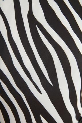 TRENDYOLMİLLA Siyah Çıtçıtlı Örme Body TWOSS21BD0050 3