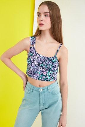 TRENDYOLMİLLA Siyah Çiçek Baskılı Örme Bluz TWOSS21BZ0907 2