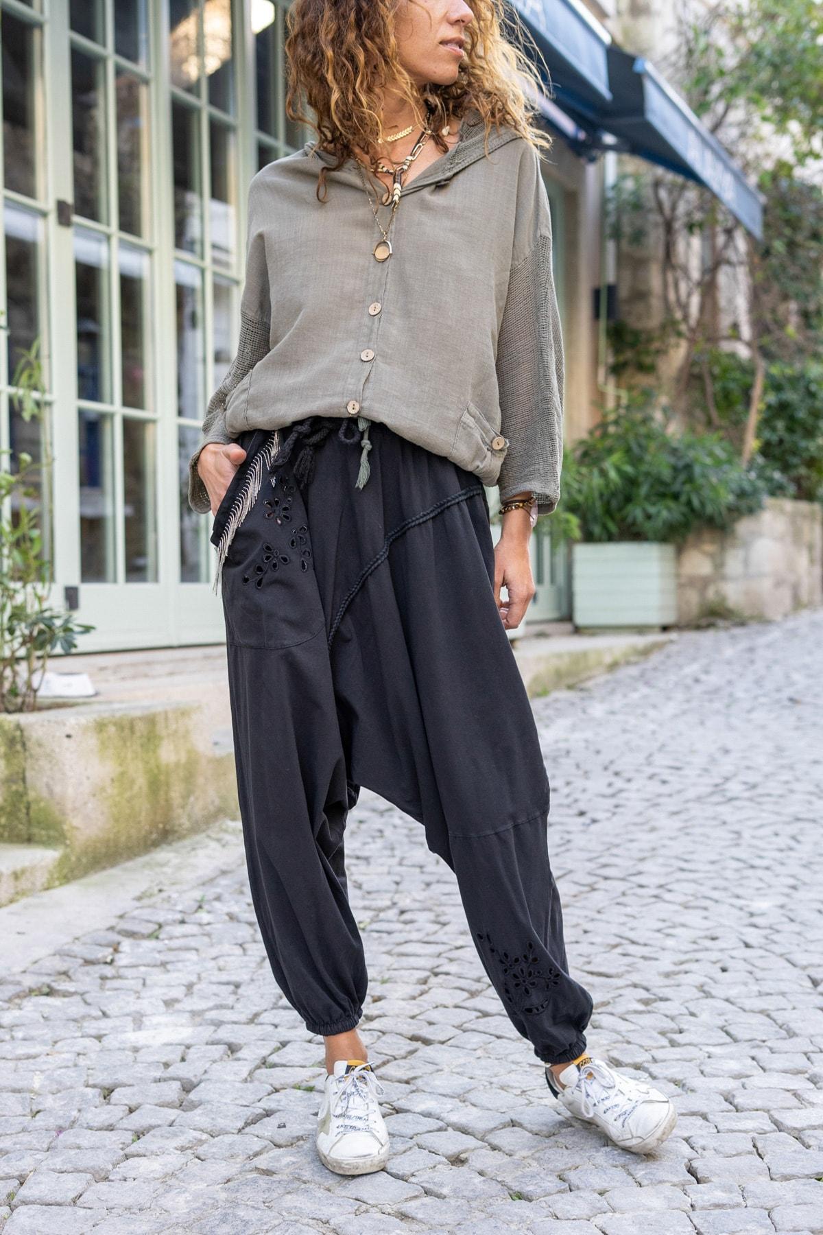 Güneşkızı Kadın Siyah Yıkamalı Zincir Detaylı Brode Detaylı Şalvar Pantolon GK-RSD2025 0