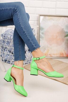 MERVE BAŞ Kadın  Yeşil Cilt Bilekten Tek Bant Kalın Topuklu Klasik Ayakkabı 1