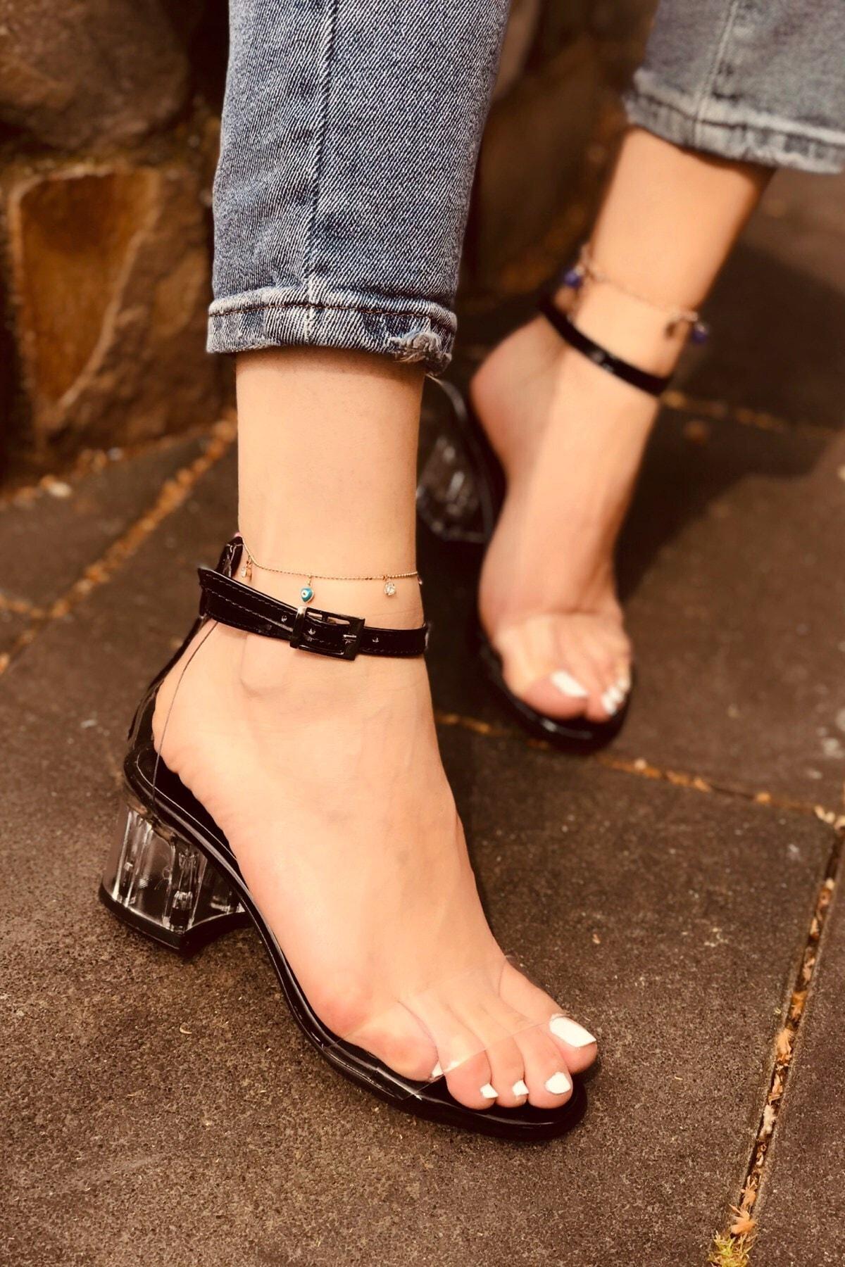 Kadın Yazlık Şeffaf Topuklu Ayakkabı
