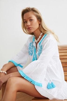 TRENDYOLMİLLA Beyaz Boncuk Nakışlı Vual Plaj Elbisesi TBESS21EL1351 2