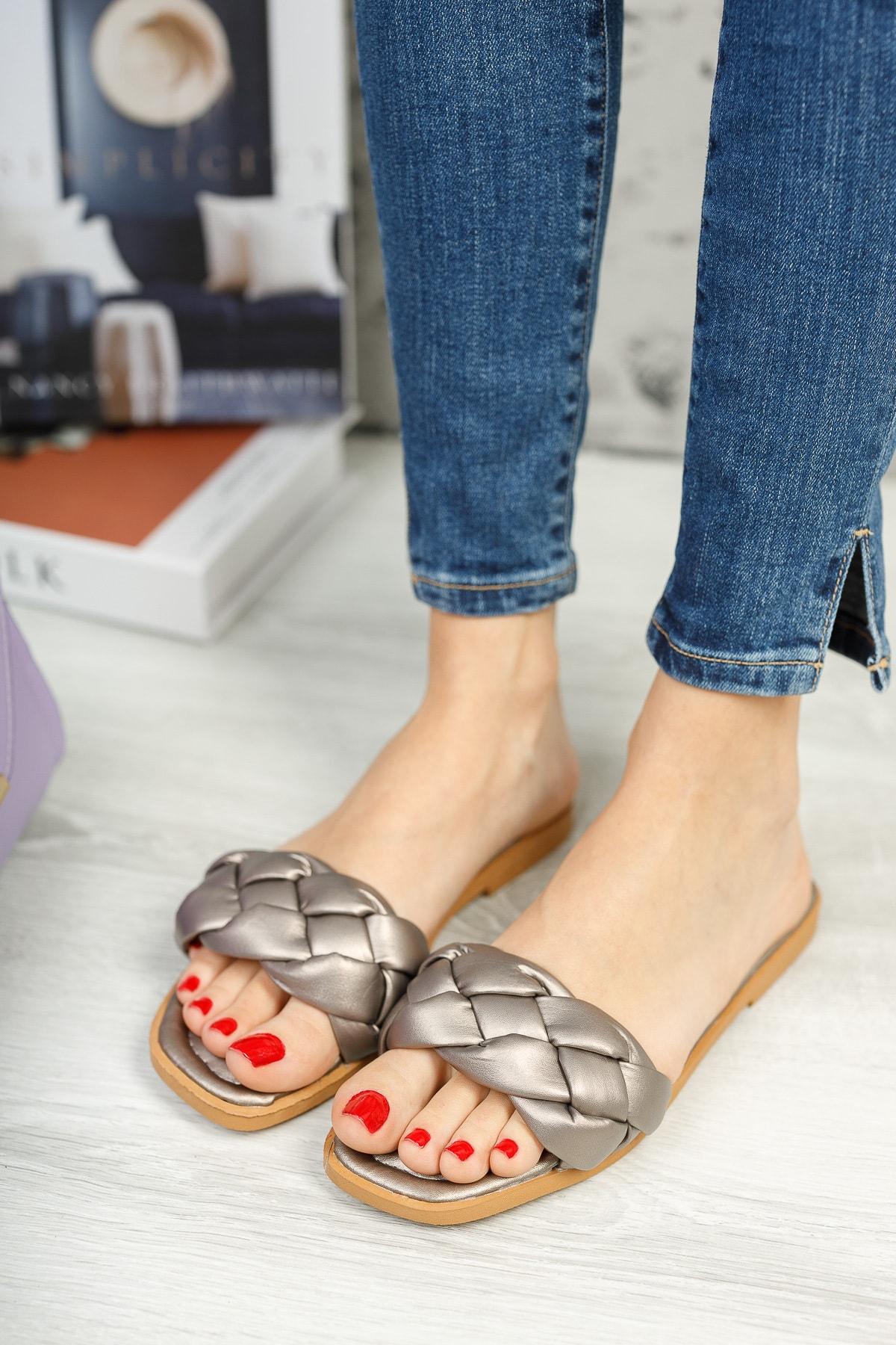 Kadın Platin Örgü Detaylı Şık Ayakkabı