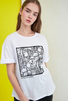 TRENDYOLMİLLA Beyaz Baskılı Loose Kalıp Örme T-Shirt TWOSS20TS0110 1