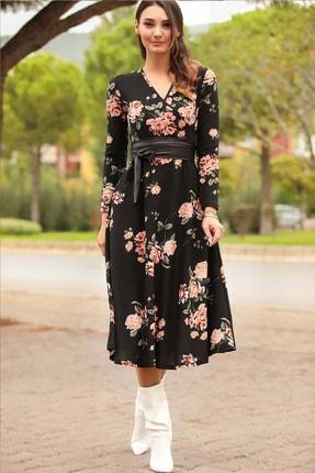 Kadın Siyah Crep Kumaş Çiçekli Kuşaklı Elbise ELBISEDELISI-0050